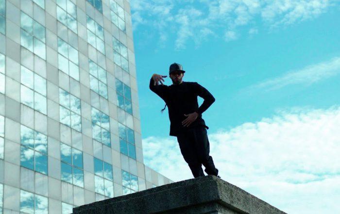 Atomic - Hip Hop Til We Die (feat. Queen Azurine) (Video)