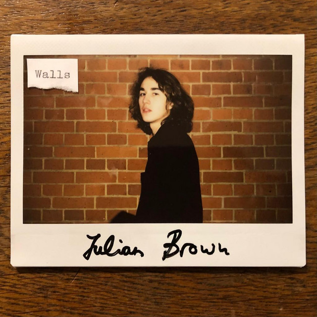 Julian Brown – Walls (Spotify)